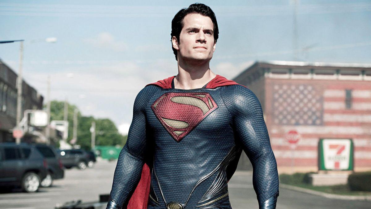 Una película de Superman está en desarrollo. ¿Henry Cavill regresa?