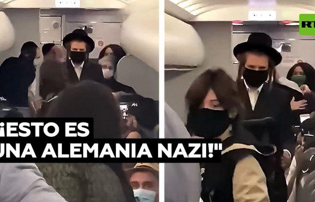 Expulsan a una familia judía del avión porque su bebé no iba con mascarilla