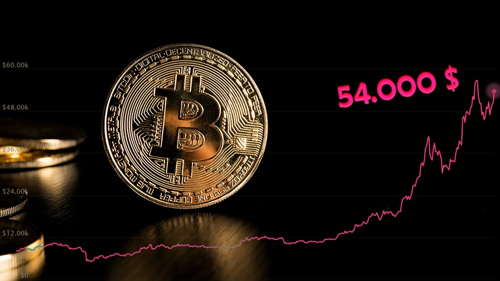 Bitcoin retoma el billón de dólares de capitalización con su precio sobre USD 54.000