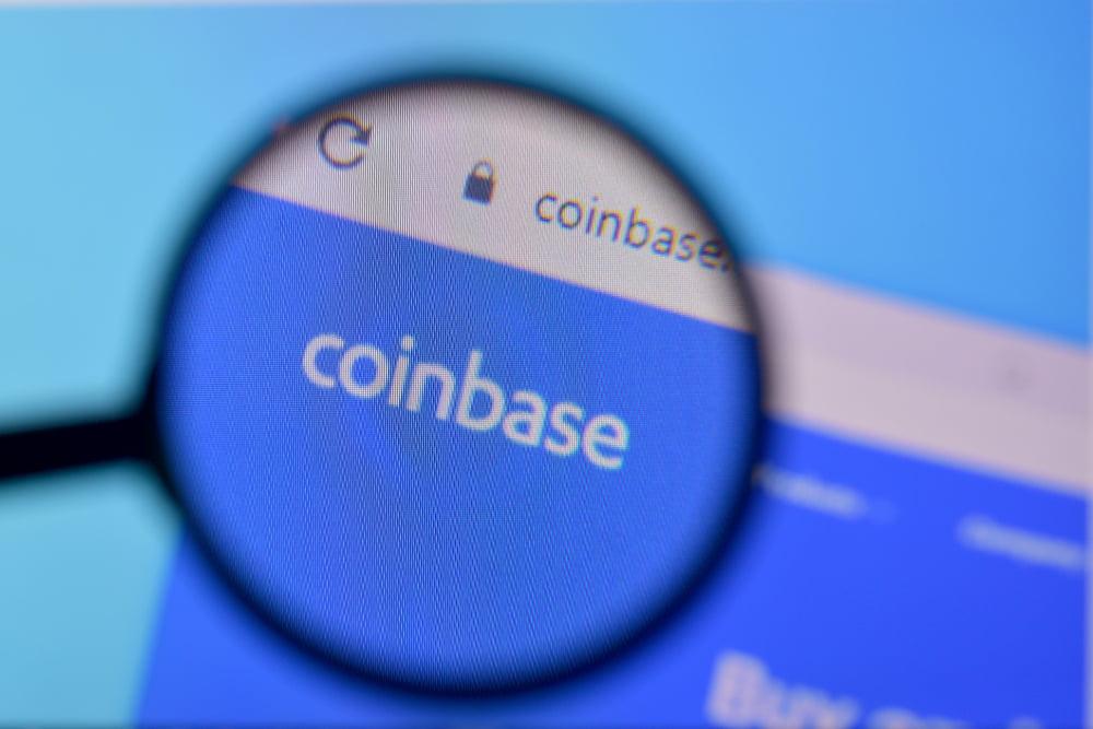 Cómo la multa de la CFTC en Coinbase podría afectar el listado de cripto
