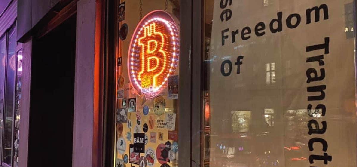 bitcoiners lanzan propuesta para salvar al primer bar bitcoin del mundo