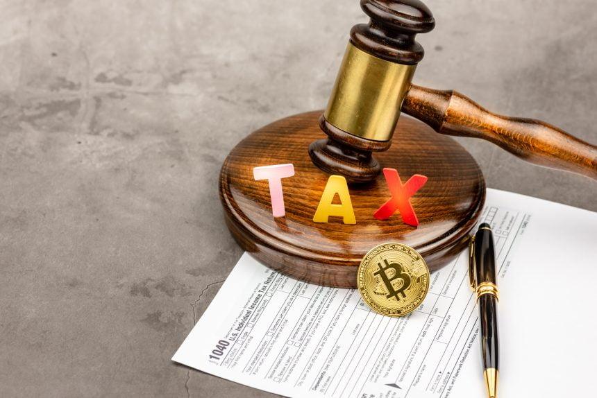 Los inversores de Bitcoin obtienen un mes adicional para presentar una declaración ante el IRS