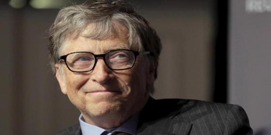 La razón por la que Bill Gates prefiere los 'smartphones' con Android a los iPhone