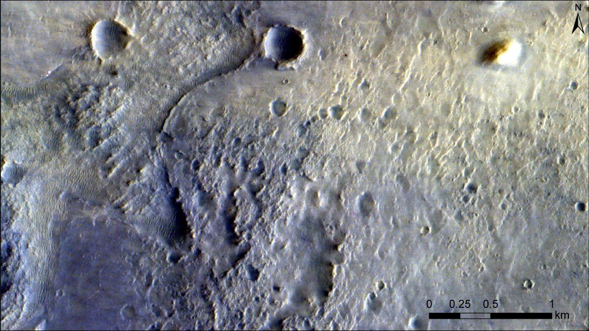 Imágenes muestran al rover Perseverance desde órbita de Marte
