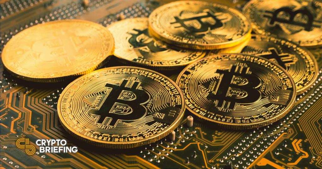Bitcoin preparado para nuevos máximos históricos como devoluciones de intereses minoristas
