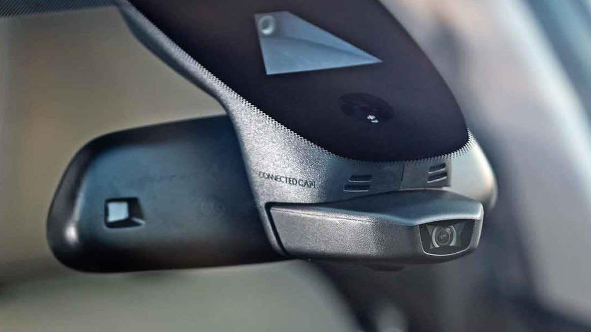 El último extra de Citroën es una cámara con la que sacar fotos y vídeos mientras conduces
