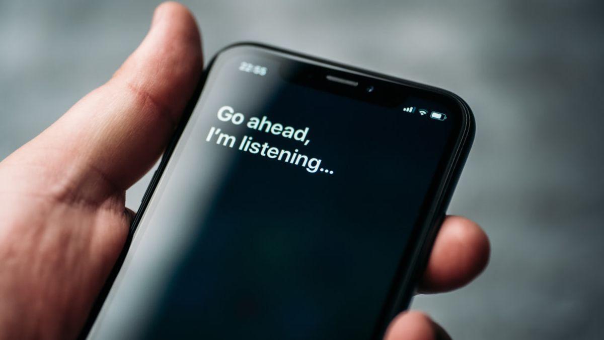 Apple te obligará a decidir si la voz de Siri suena femenina o masculina