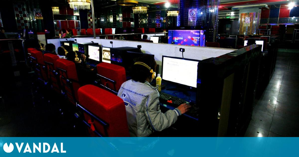China cierra 12.000 cibercafés desde 2020 por el COVID y los esports móviles