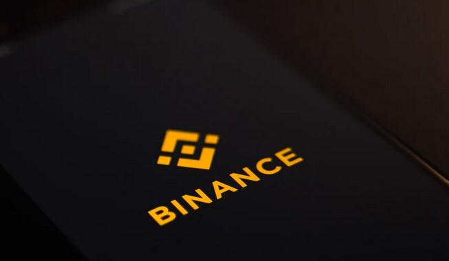 BNB se eleva por encima de $ 600, ¿hay un Ethereum volteando en las cartas?