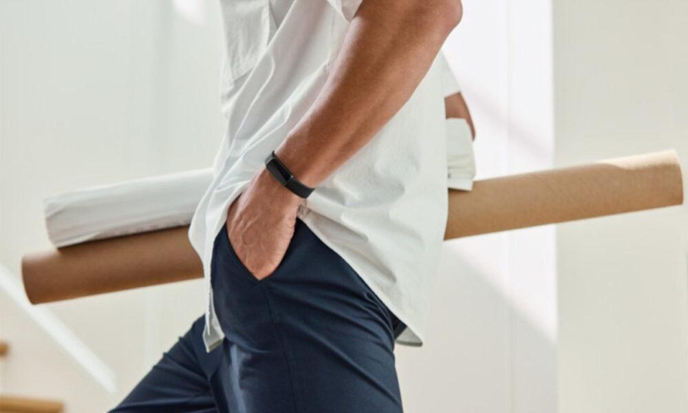 Fitbit Luxe filtrado, pulsera de actividad fitness premium