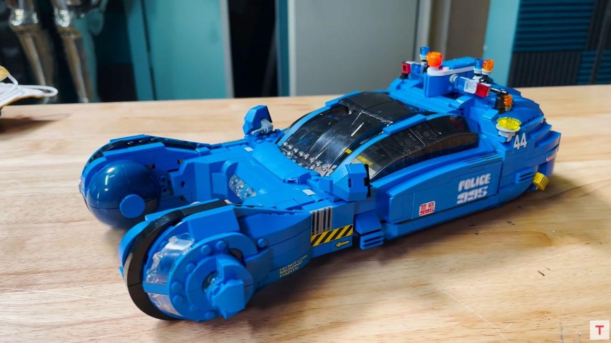 Cómo montar el Spinner de Blade Runner usando solo Lego