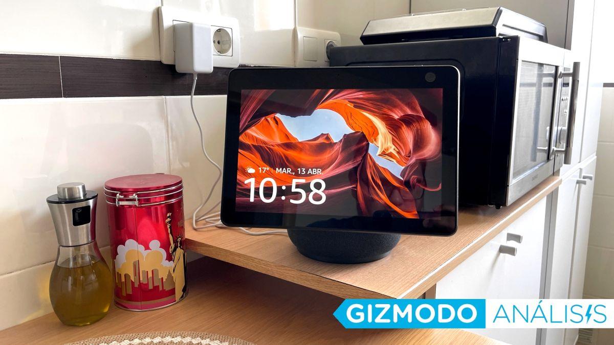 El nuevo Echo Show 10 te persigue por la cocina con su enorme pantalla