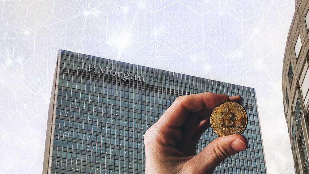 CEO de JP Morgan no apoya a Bitcoin, pero sus clientes sí