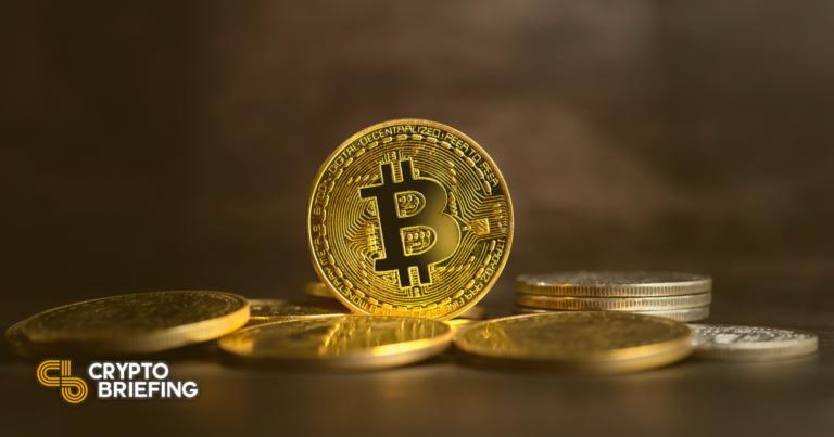Los tenedores de Bitcoin muestran signos de optimismo a pesar de la caída del 30%