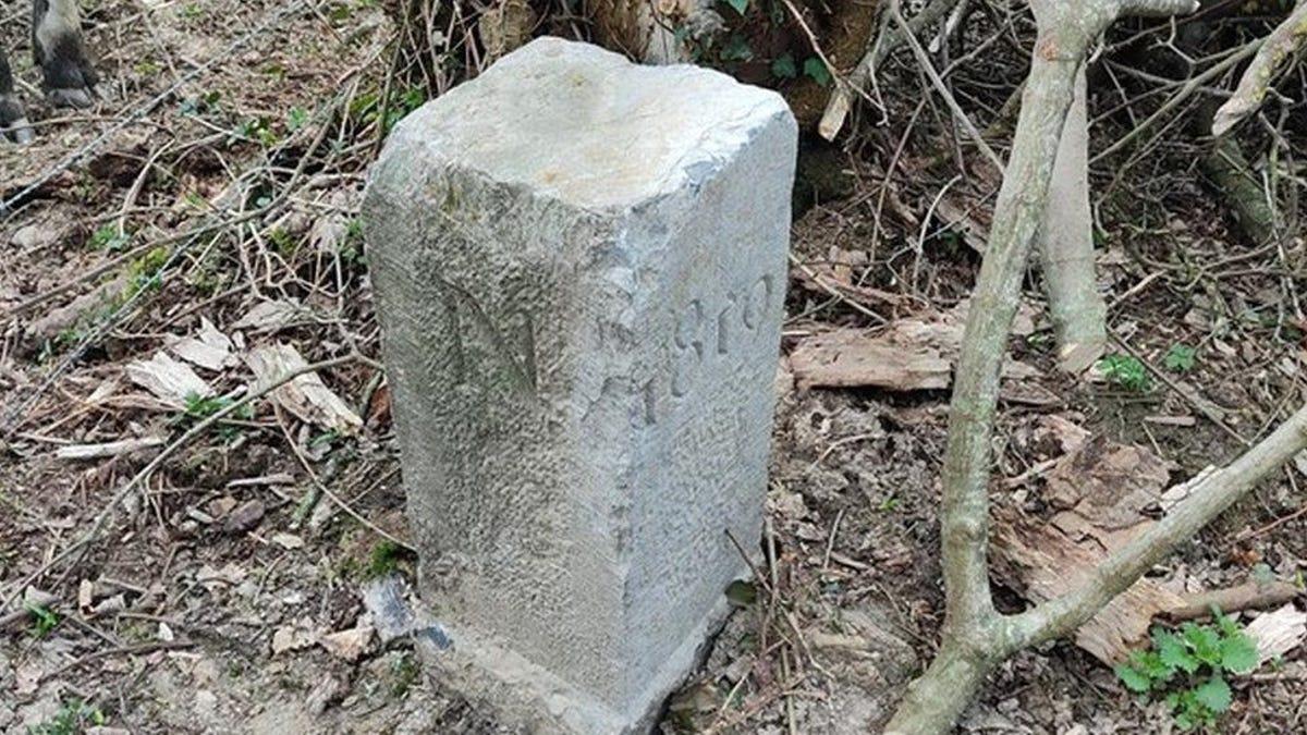 Un agricultor mueve una piedra y cambia la fontera entre Francia y Bélgica