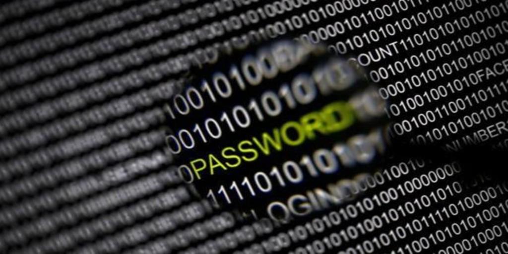 Cómo crear tus contraseñas y defenderte de los ataques para robártelas, según los expertos en ciberseguridad