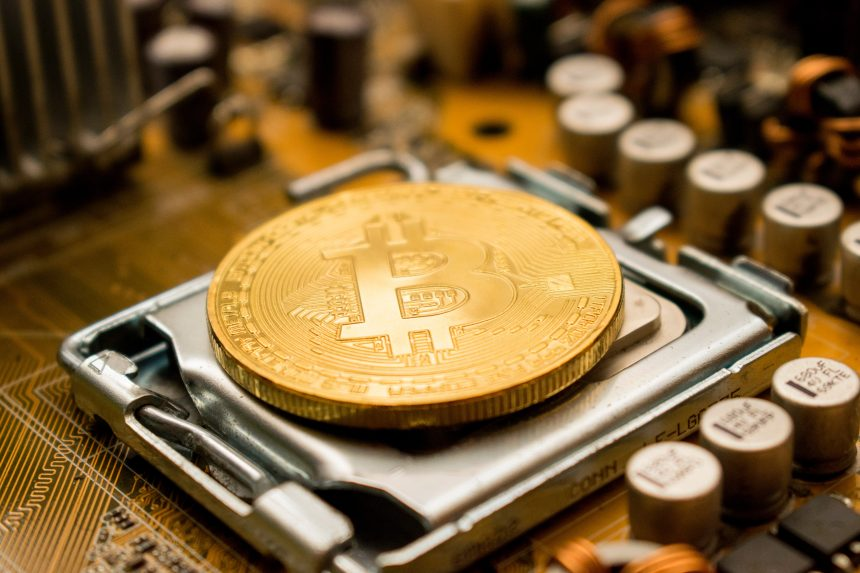 Saylor reacciona a las burlas de Bitcoin se ha convertido en el MySpace de Crypto