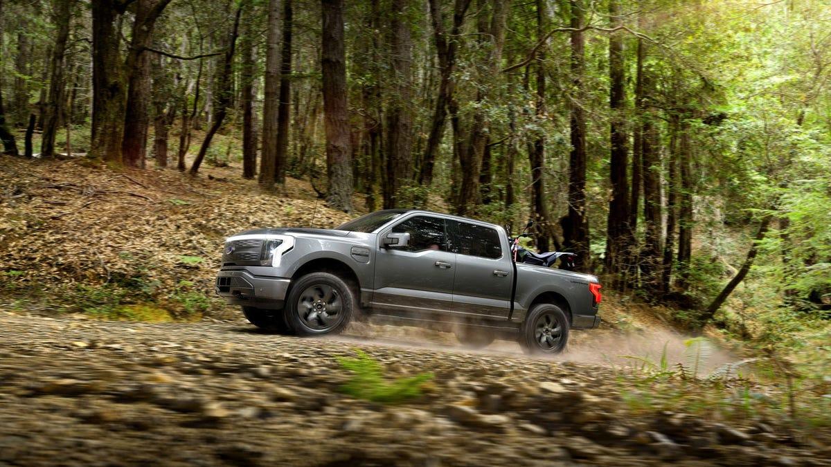 Ford revela la F-150 Lighting, su primera camioneta eléctrica