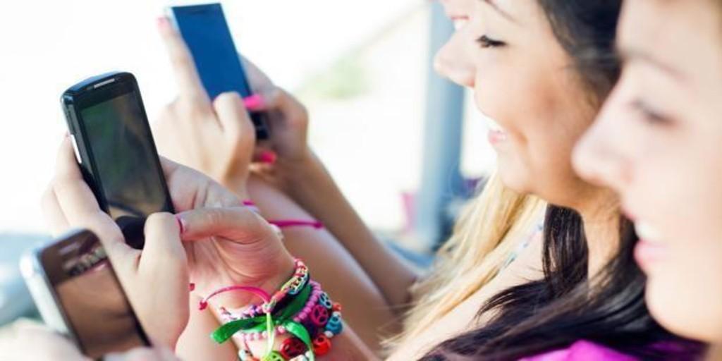YouTube y Twitch, la brecha digital entre usuarios jóvenes y adultos crece gracias al fenómeno 'influencer'