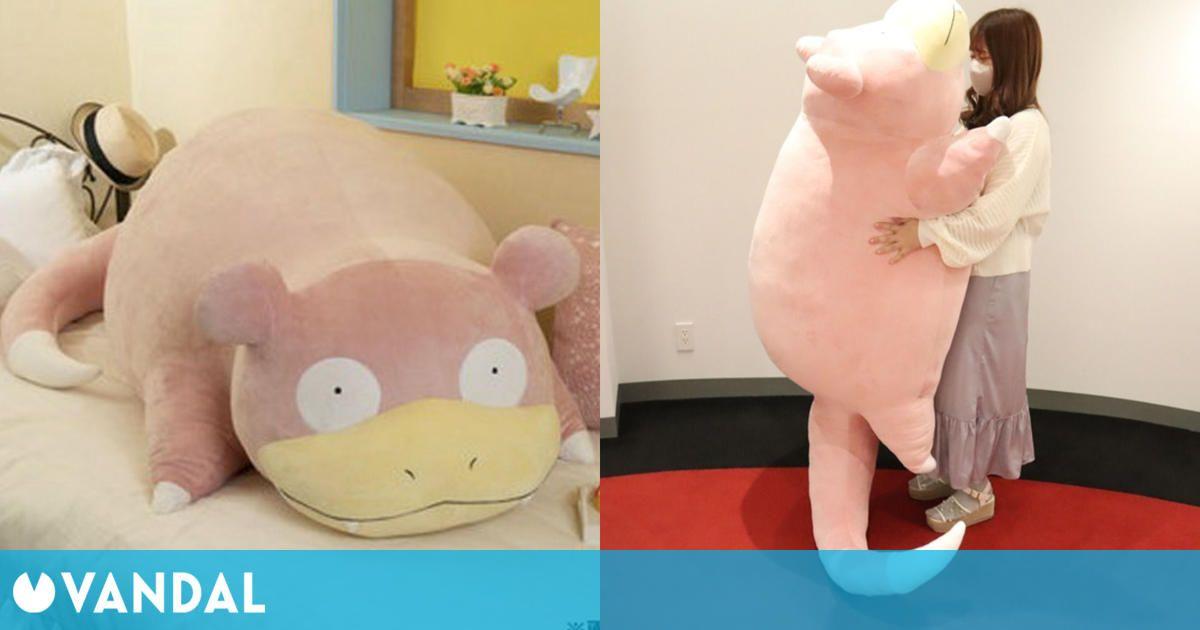 El Centro Pokémon de Japón anuncia un peluche gigante de Slowpoke a tamaño real