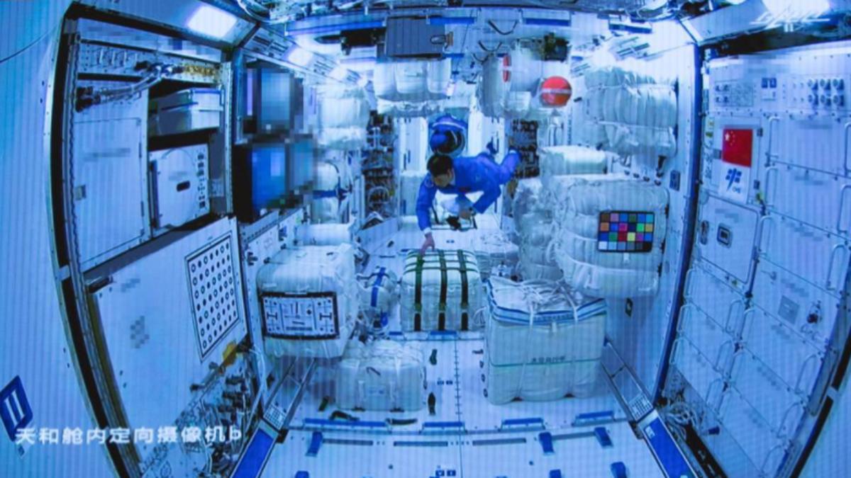 Llegan los primeros astronautas a la ISS china