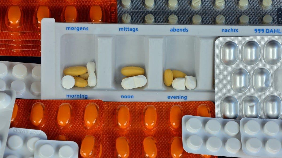 Cómo varios asesinatos sin resolver llevaron al empaquetado de los medicamentos actual