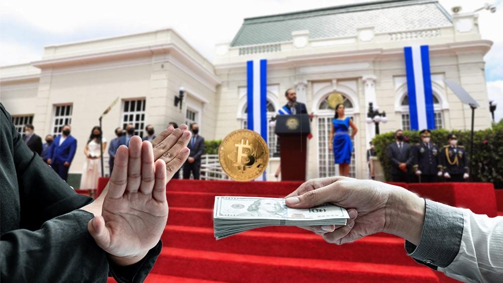 Potencial bloqueo financiero podría ser la causa de la adopción de bitcoin en El Salvador