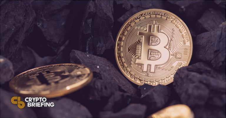 Éxodo: los mineros de Bitcoin de China se reubican en medio de la represión regulatoria
