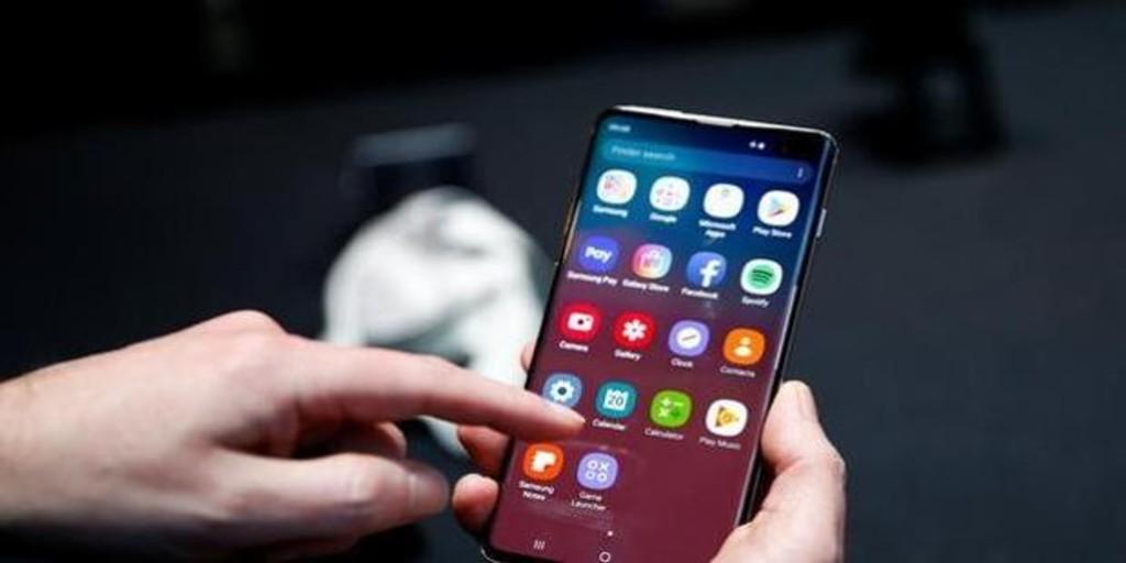 alertan sobre el auge de 'apps' falsas para Android que buscan 'hackearte' y robarte el dinero