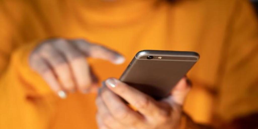 Las señales a las que tienes que prestar atención para saber si alguien te ha 'hackeado' el 'smartphone'