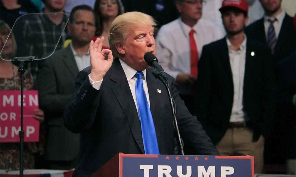 Donald Trump cancela From the desk of Donald J. Trump
