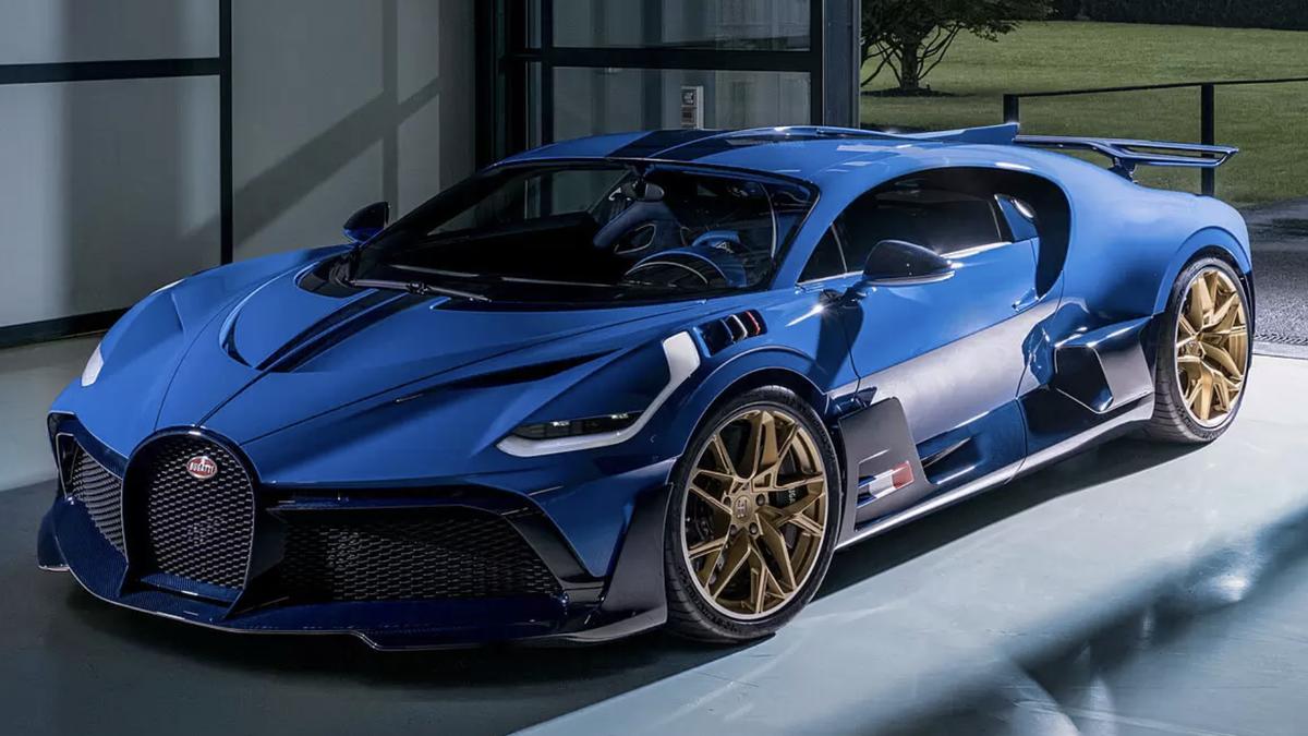 Fabrican y venden el último Bugatti Divo de 5 millones de euros