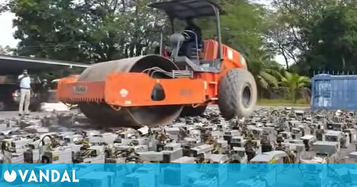 Destruyen 1000 ordenadores mineros de bitcoins ilegales en vídeo