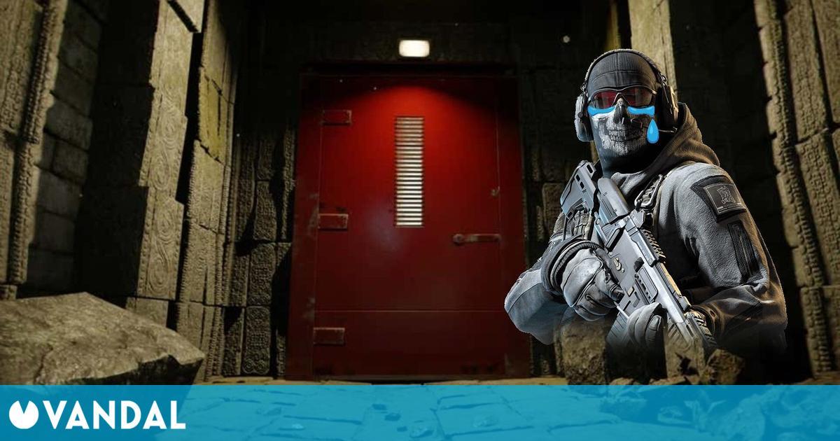 Call of Duty: Warzone y sus misteriosas puertas rojas vuelven invisibles a los jugadores