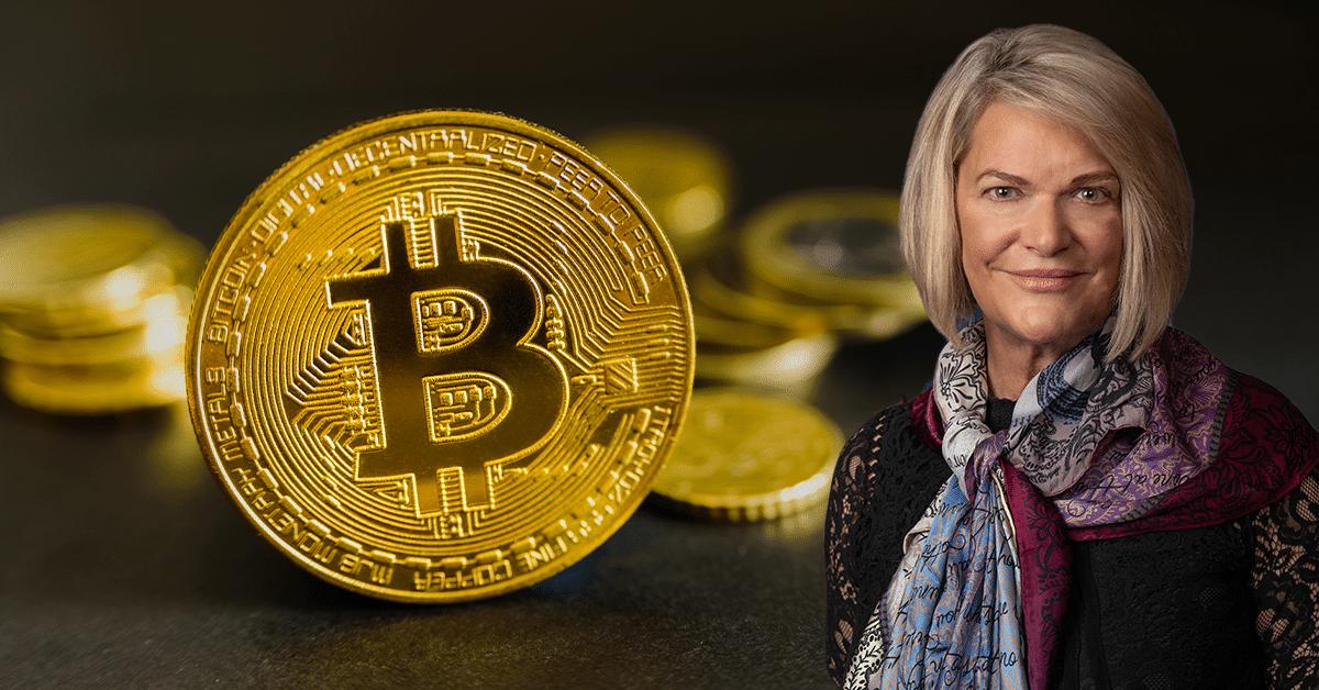 Gobierno de Estados Unidos promueve la adopción de bitcoin, según senadora