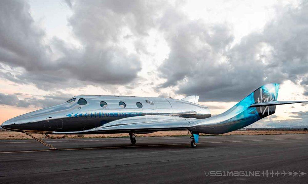Virgin Galactic debutará en turismo espacial en unas horas
