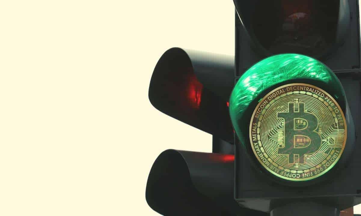 Bitcoin Duda Bajo Los 34k USD Con Una Subida Semanal Del 8%