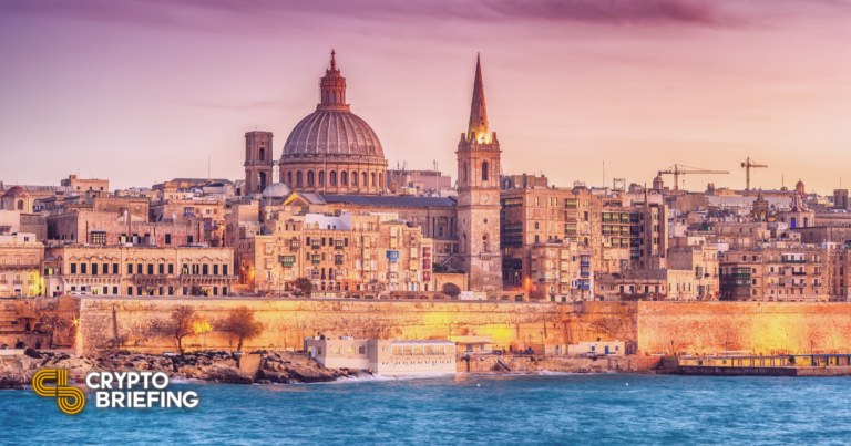 Crypto.com aprobado para ofrecer transferencias bancarias en Malta
