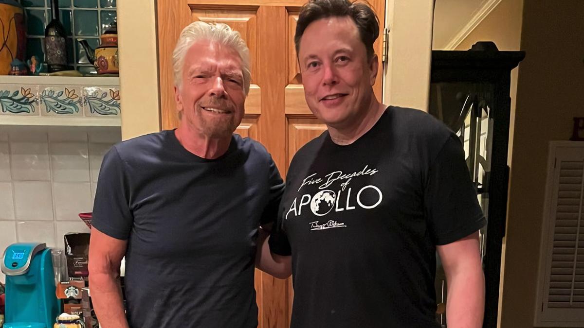 Elon Musk volará al espacio a bordo de la nave Virgin Galactic