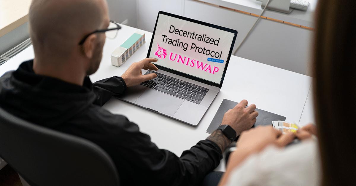Uniswap restringe varios tokens de su página web para cumplir con las regulaciones