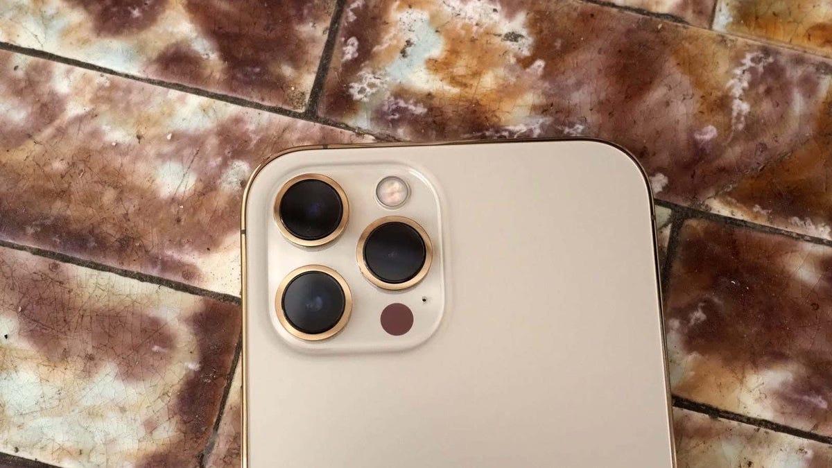 Apple va en serio con la batería del iPhone 13