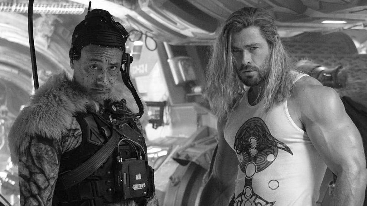 Fotos revelan a Christian Bale como villano de Thor Love and Thunder
