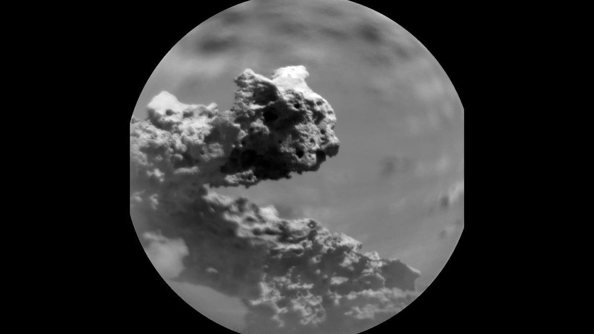 Rover Curiosity descubre una extraña formación rocosa en Marte