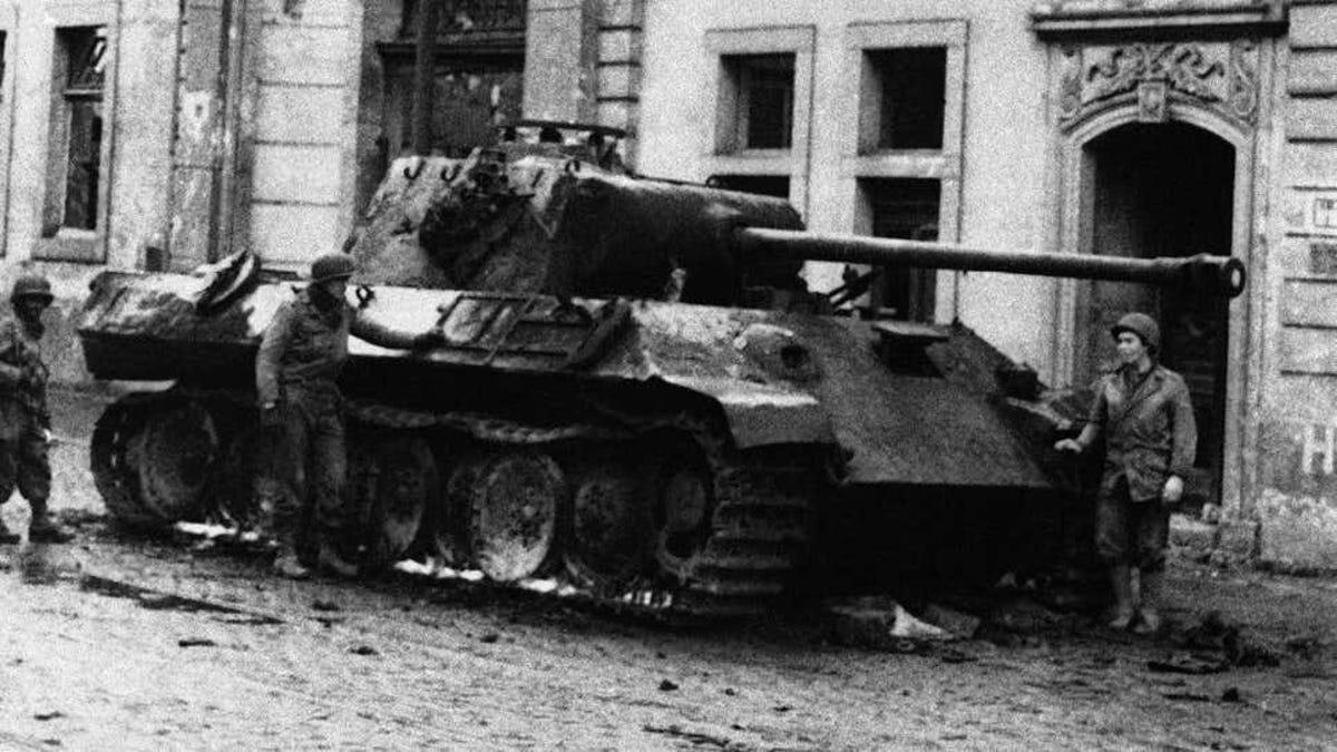 Un alemán multado con 250.000 euros por tener un tanque
