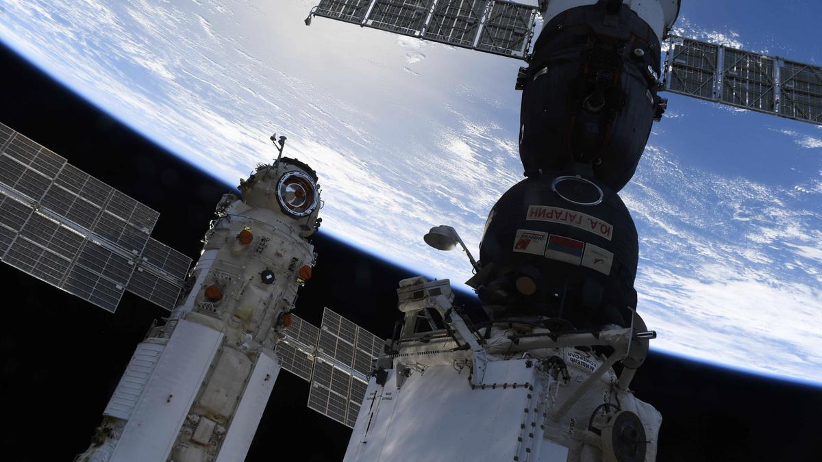 La ISS se salió de control después de que el módulo ruso falló