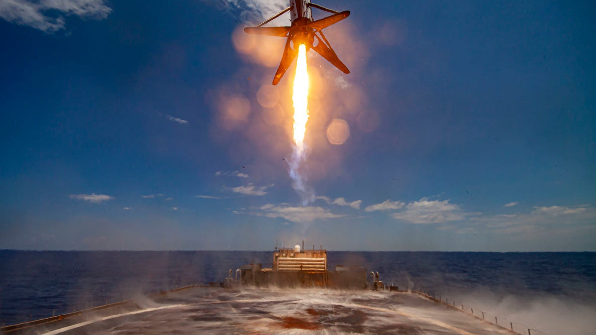 Por qué no ha habido lanzamientos de SpaceX en los últimos dos meses