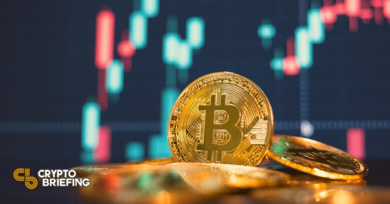 Las ballenas de Bitcoin obtienen ganancias a medida que se avecina una corrección pronunciada