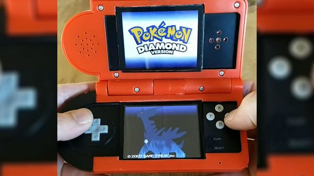 Consigue convertir una Pokedex en una Nintendo DS funcional