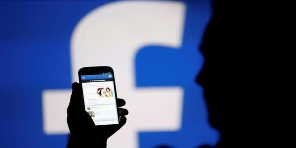Facebook quiere que hagas llamadas de voz y de vídeo a través de la 'app' principal