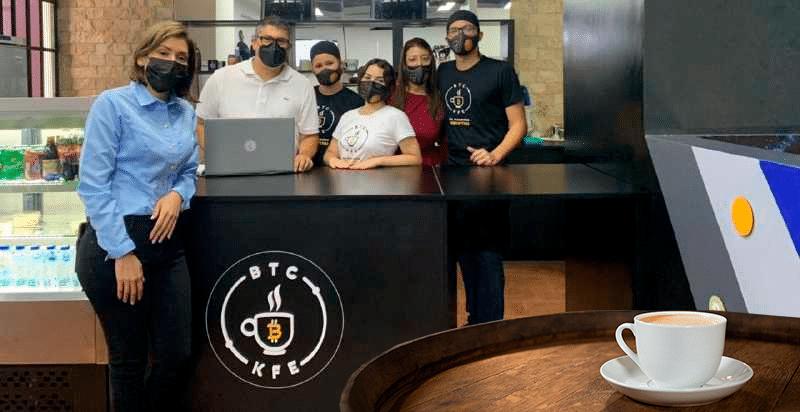 Venezuela tiene su primer café temático de Bitcoin: entrevista con su fundadora